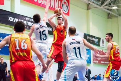 Баскетболисты «Самары» обыграли «Рязань» срезультатом 83:64