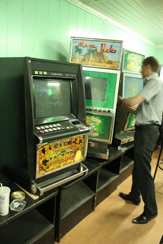 скачать игровые автоматы братва