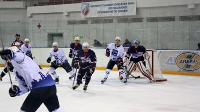 Рязанские хоккеисты одержали вторую победу напредсезонном турнире Кубок «Дизеля»