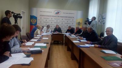 Ажиотажа пооткрепительным удостоверениям не прослеживается — Избирком Великого Новгорода