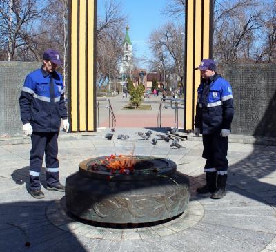 Брянские газовики завершают техническое обслуживание мемориалов сВечным огнем