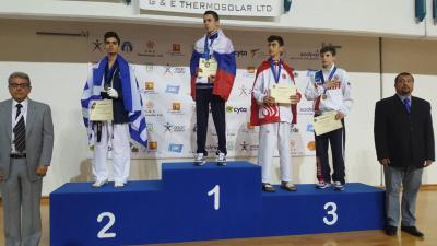 Студентка смоленского училища завоевала «бронзу» главенства Европы потхэквондо