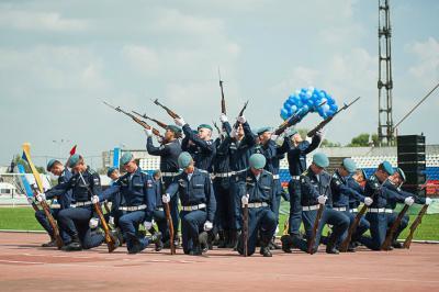 Русских десантников обучат китайскому, арабскому ифарси