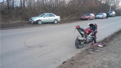 ВРязанской области мотоцикл столкнулся слегковушкой