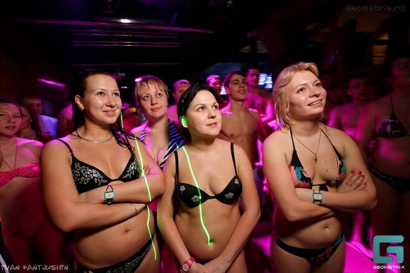 Секс в клубе голди абсолютно