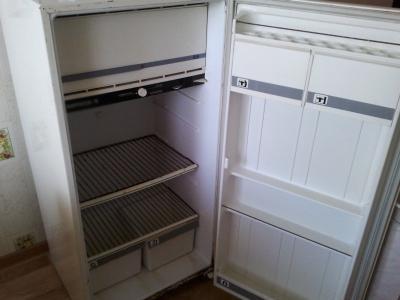 Скопинский воришка похитил издома холодильник