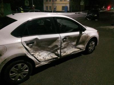 Вцентре Рязани шофёр Шевроле спровоцировал трагедию и исчез сместа ДТП