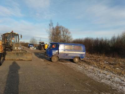 Нарязанской дороге молодой тракторист врезался в«буханку»